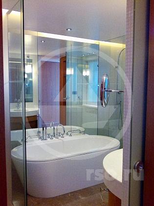 Душевая перегородка для ванной